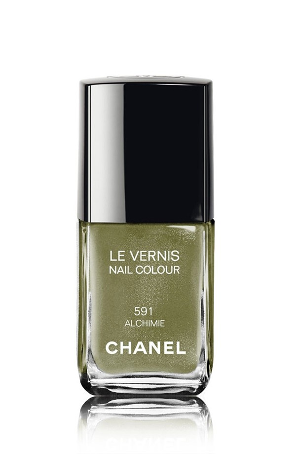 Fall nail shade - khaki & army green