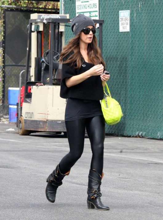 kate-beckinsale-leggings