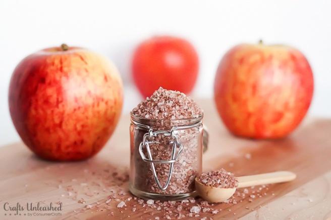 Homemade-bath-salts-baked-apple-pie